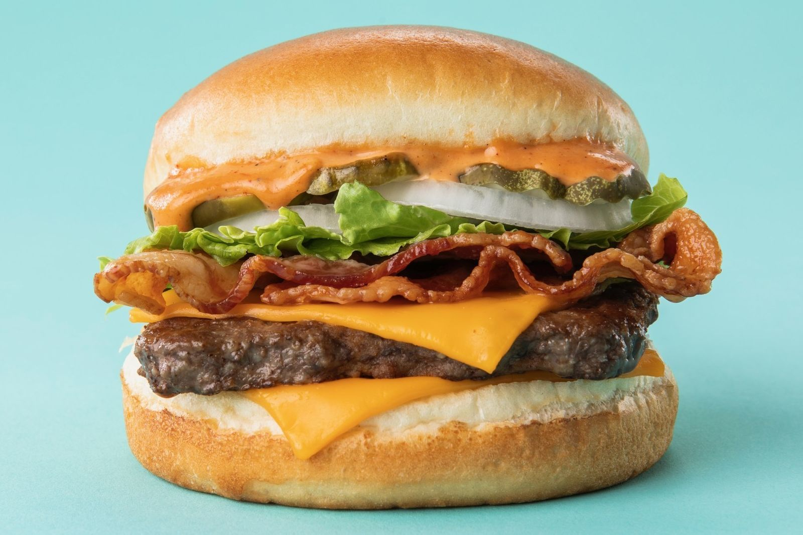Wendy S Adds A S Awesome Twist To Its Classic Bacon Cheeseburger Restaurantnews Com