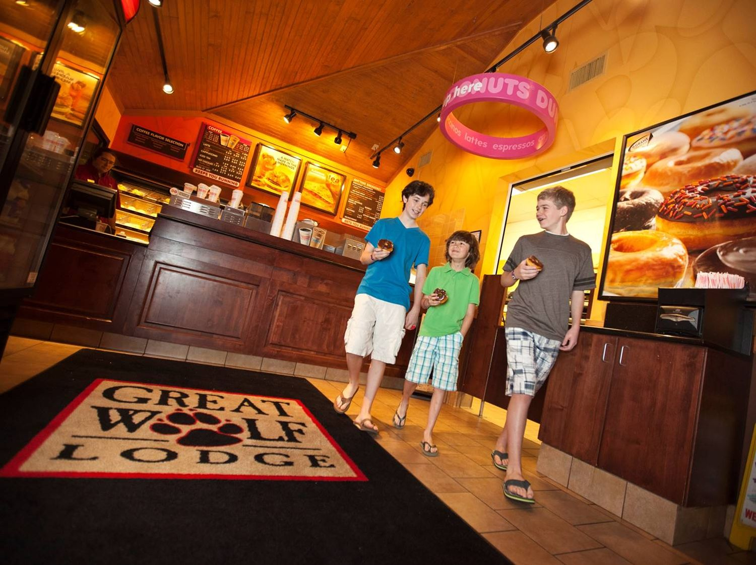 Dunkin Opens New Restaurant At Great Wolf Lodge Pocono