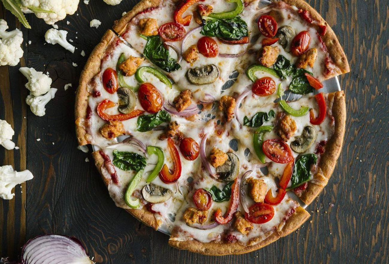 Stick to Low-Carb Resolutions with Cauliflower Crust at Pie Five