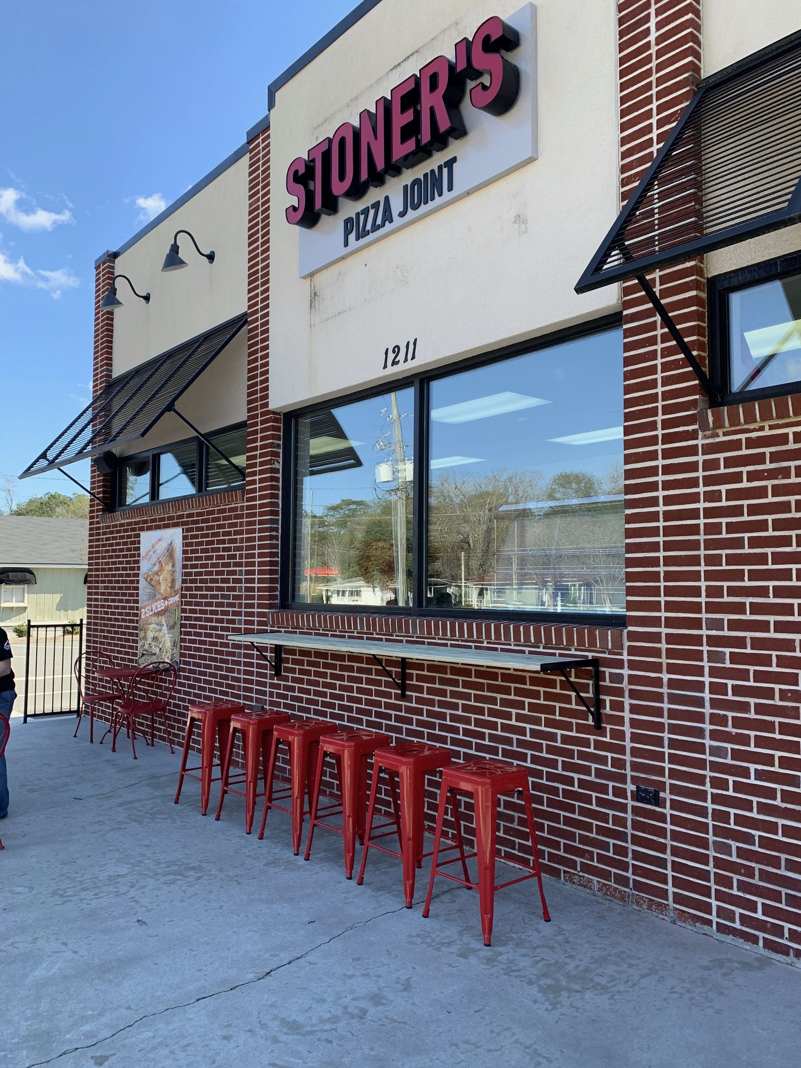 Stoner's Pizza Joint Accelerates Southeast Growth With Opening Of New Valdosta Location
