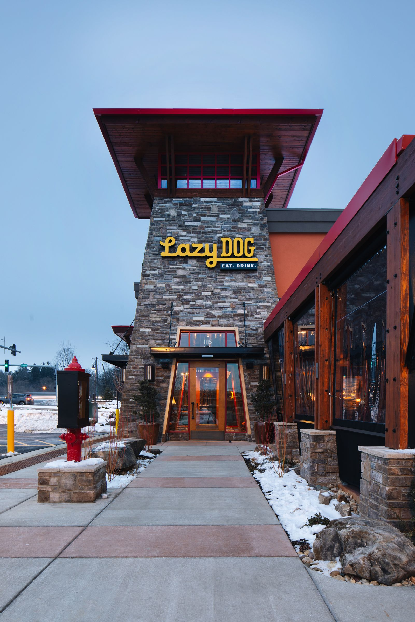 Lazy Dog Restaurant Bar Opens In Vernon Hills Il And