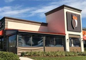 Hooters Opens Newest Location in Gainesville, FL