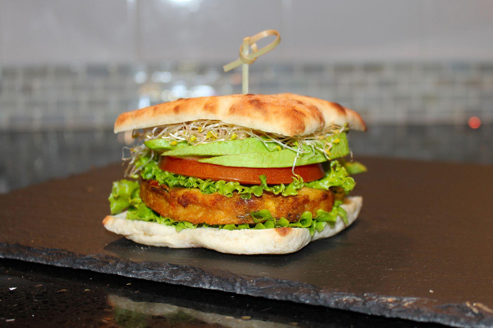 Sandella's Flatbread Cafe Avocado Veggie Burger