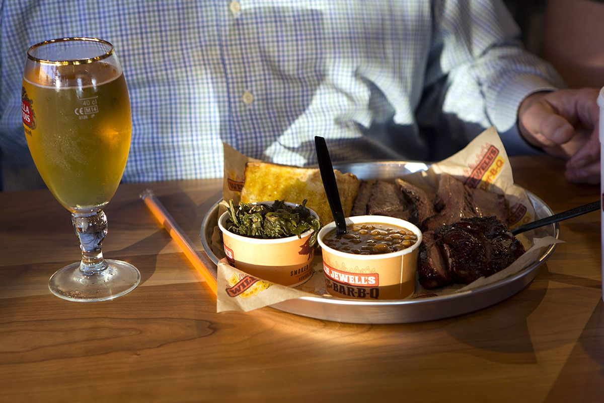 Willie Jewell's Old School Bar-B-Q Continues Tampa Growth