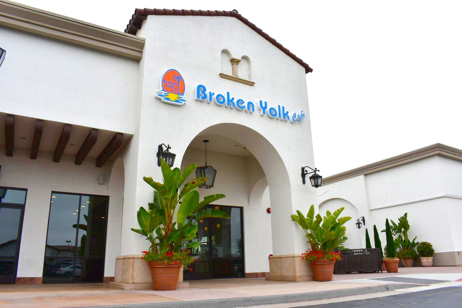Broken Yolk Café Turns Friends & Family Training into 500 Immediate Fans