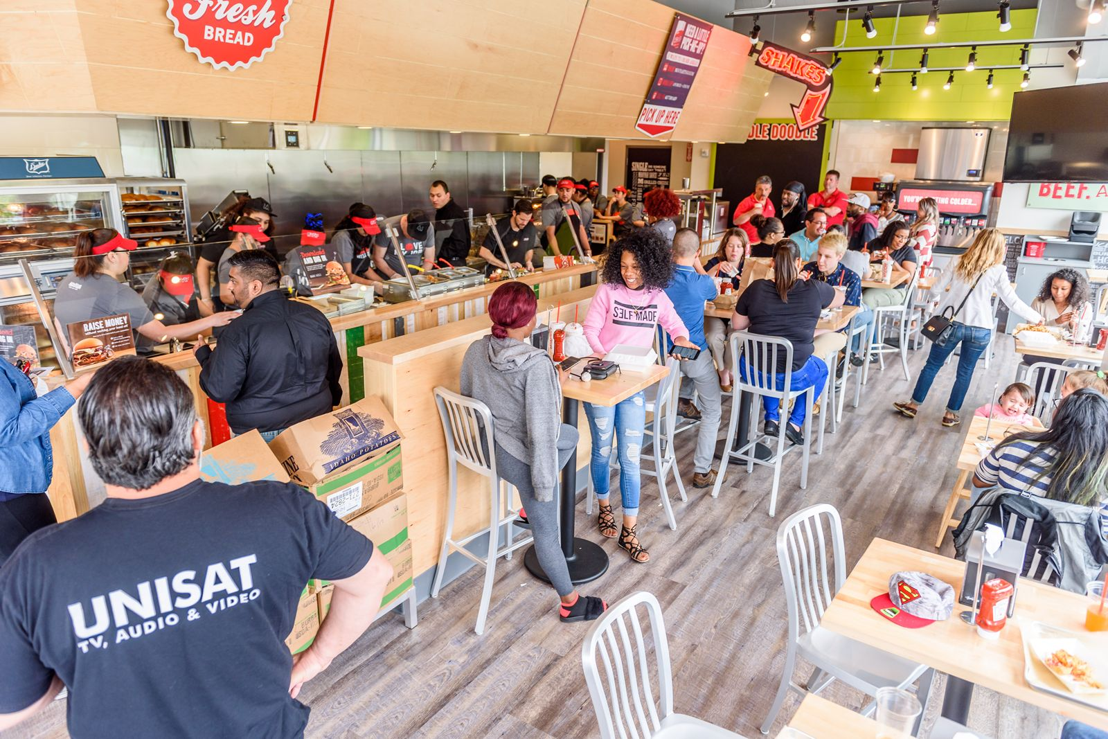 Burger with a Side of Beach: MOOYAH Burgers, Fries & Shakes Opens First Ever Virginia Beach Location