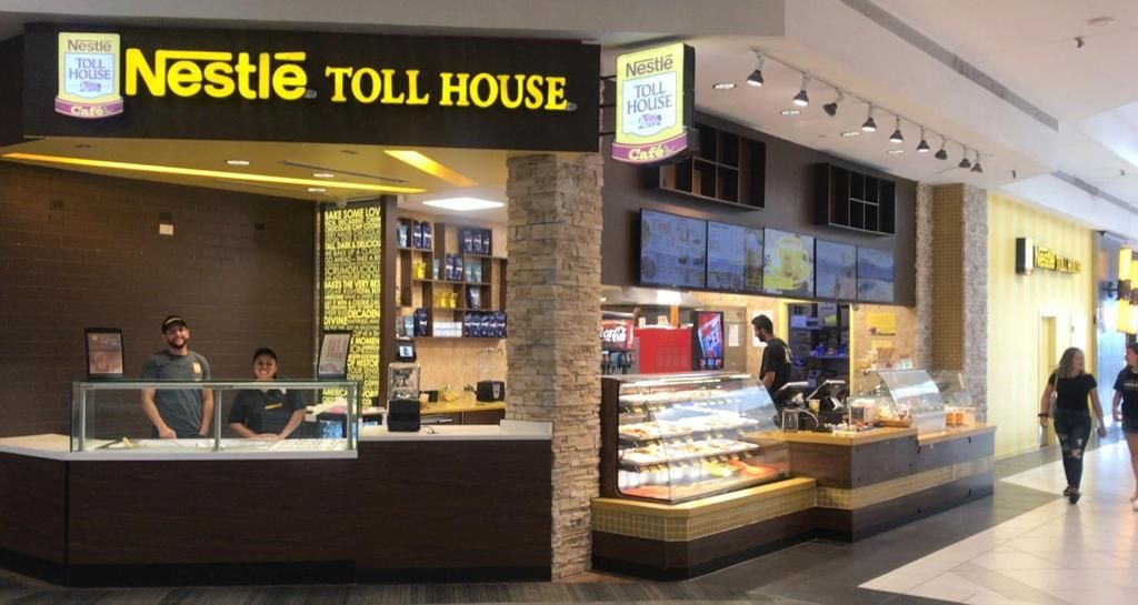 Nestlé Toll House Café By Chip Reopens in the Woodfield Mall Under New Ownership