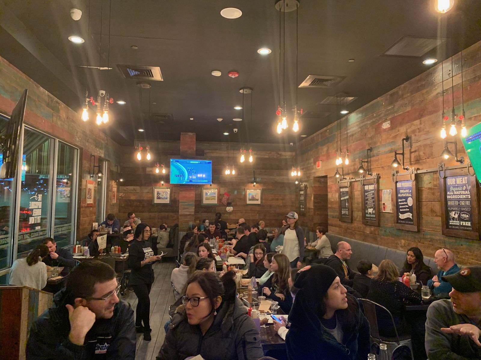 Burger Village Franchise Goes International with Canadian Expansion