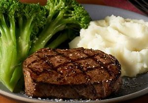 Black Angus Steakhouse Honors Veterans and Military Personnel with $9.99 All-American Steak Plate