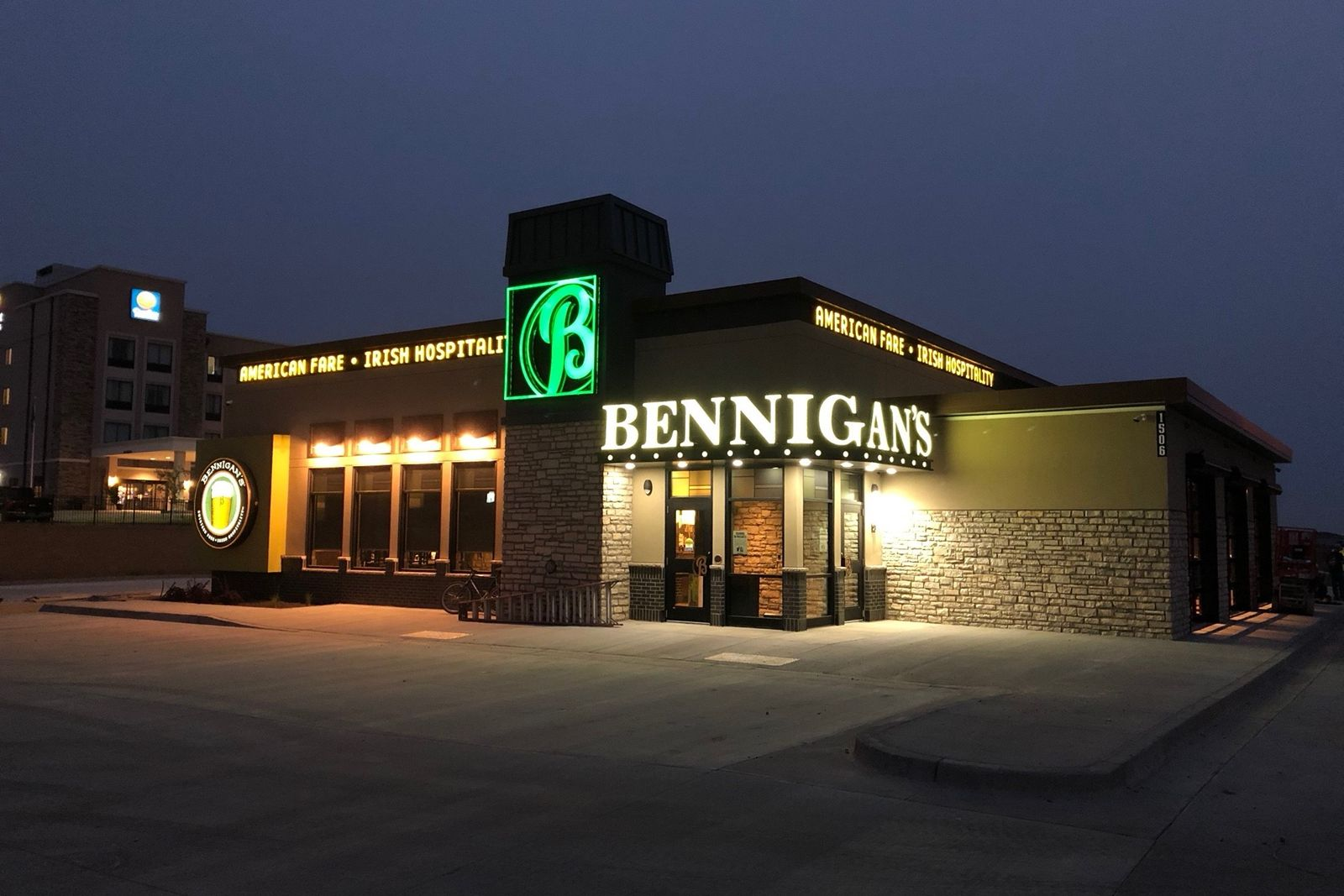 Bennigan's Finds Success in 2019 by Focusing on Small Market Strategy