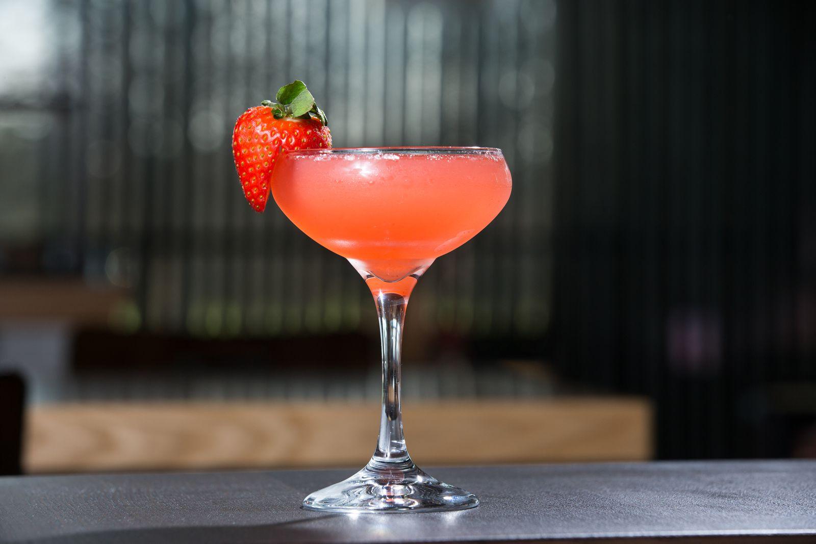 Grub Kitchen Bar Strawberry Bubs