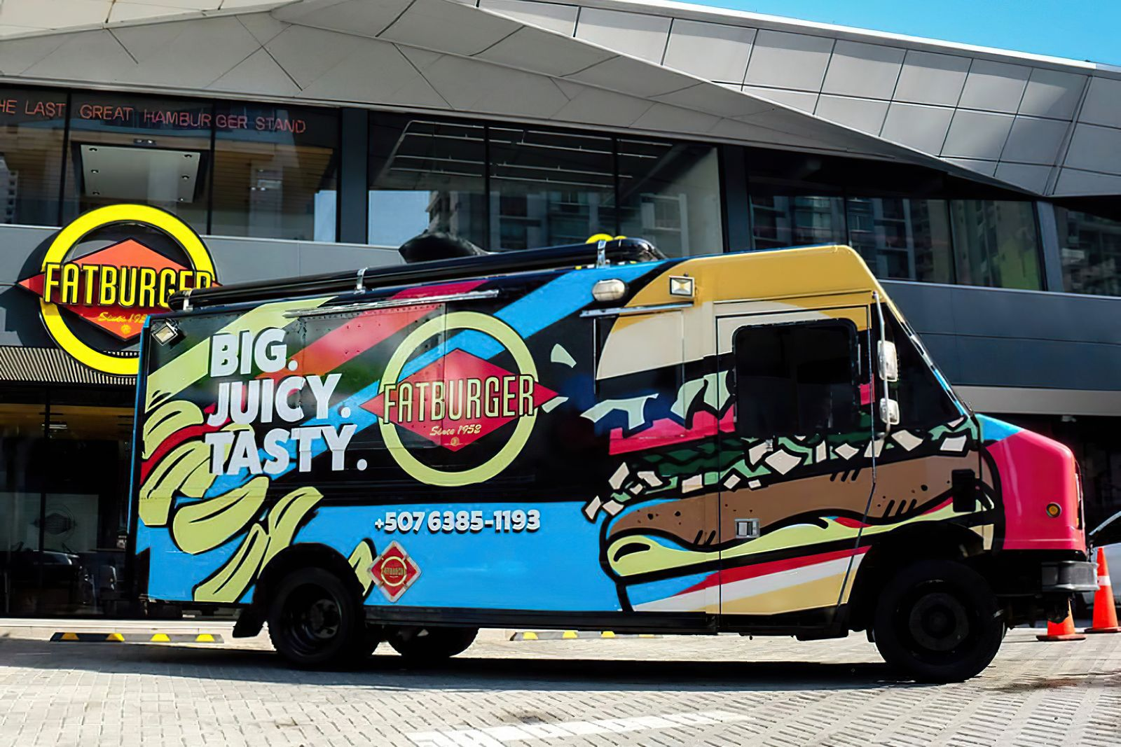 Fatburger Food Truck Provides 10,000 Free Meals for Healthcare Heroes in April
