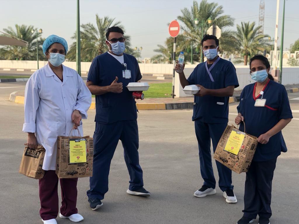 La fosse à barbecue de Dickey redonne aux infirmières du monde entier