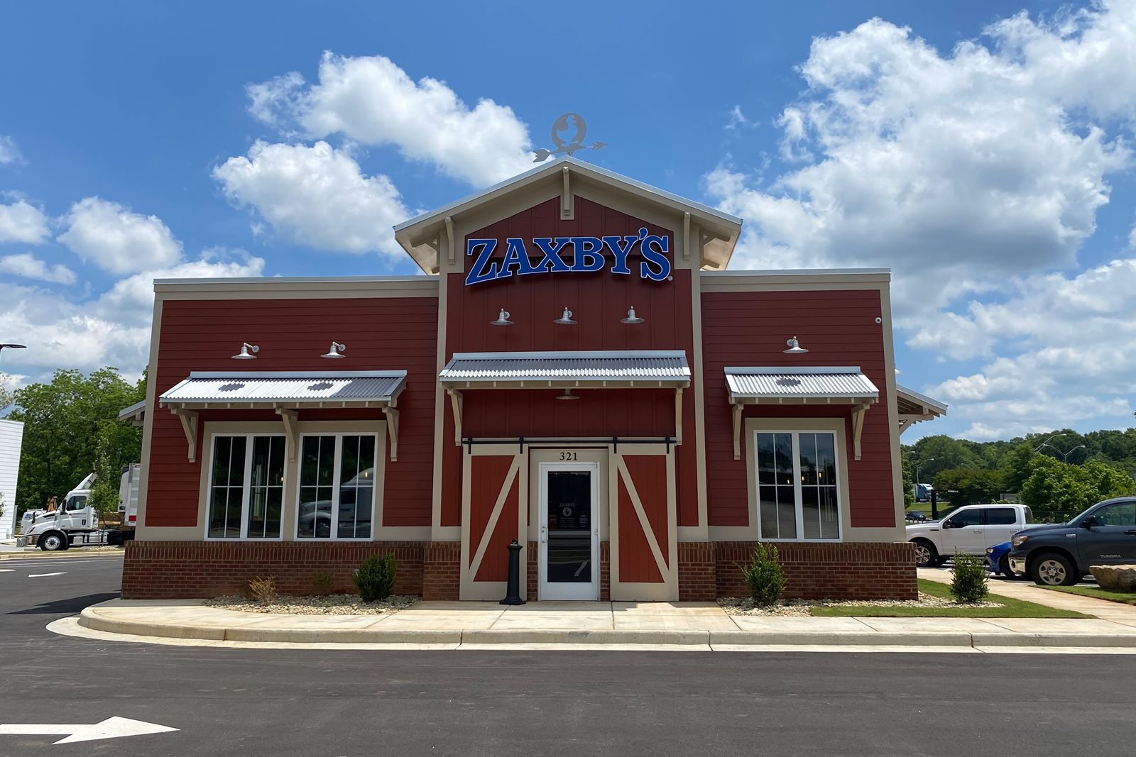 Zaxby's Expands With First Forsyth, Georgia Restaurant