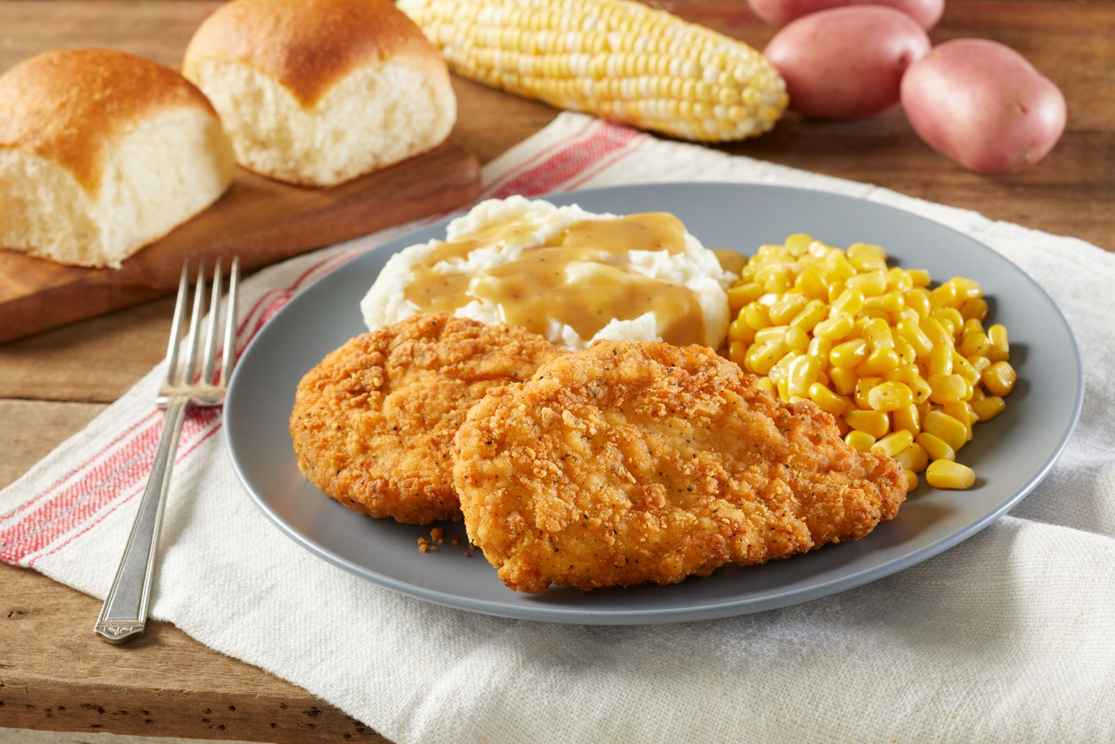 "Bob Evans Restaurants Introduces ""The Best Dang Chicken in Town"""