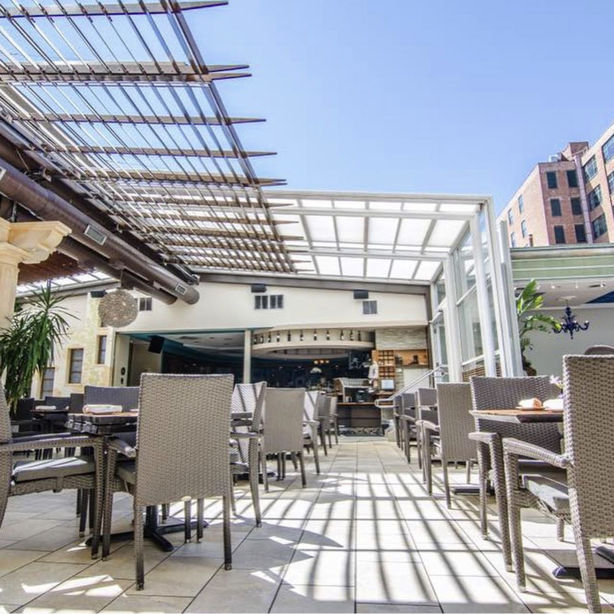 How to Create Year-Round Outdoor Dining for Your Restaurant