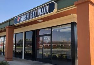 New Straw Hat Pizza NOW OPEN in Hollister, CA