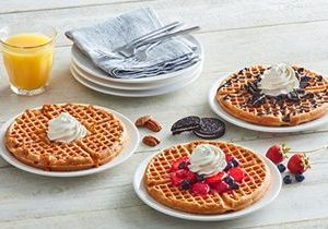 "Huddle House Sweetens October Menu Offerings with New ""Topped Waffles"""
