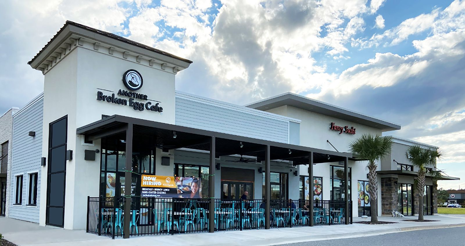 Another Broken Egg Cafe Opens Strong in Jacksonville, Fla.