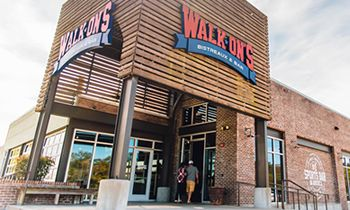 Walk-On's Celebrates Grand Opening of First Midland Restaurant