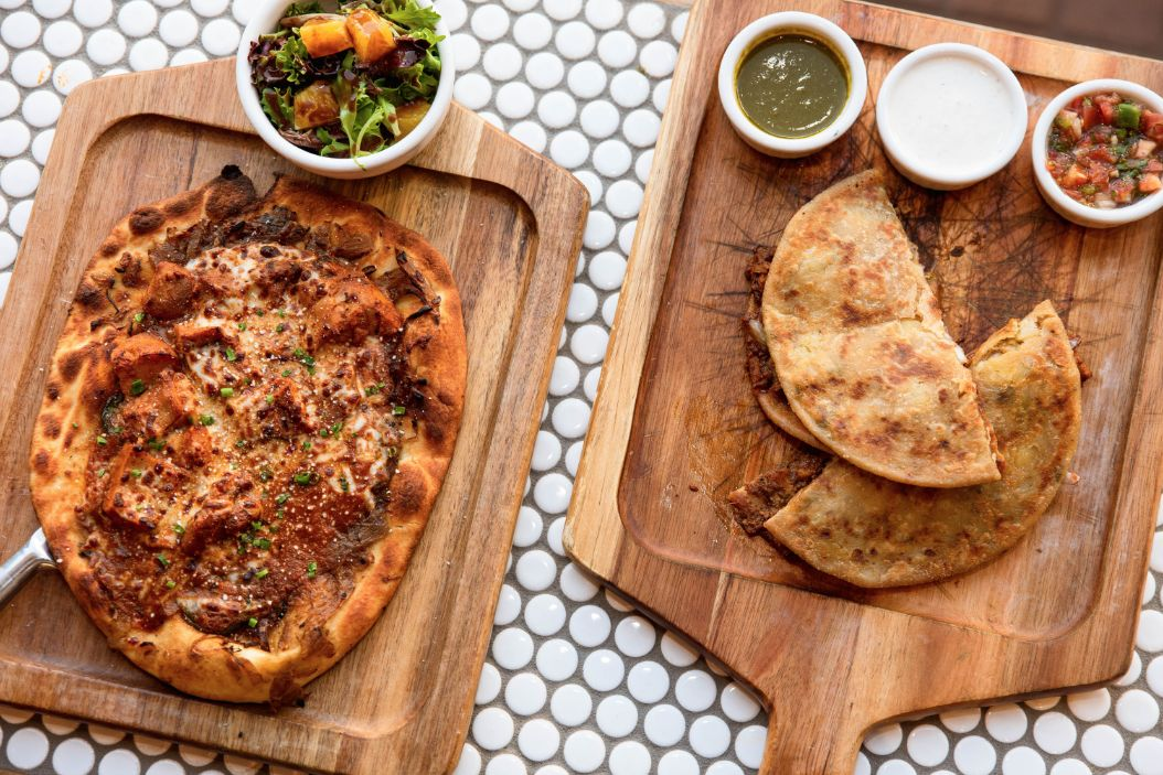 Curry Up Now, the nation's largest and fastest growing Indian fast casual concept, has finalized another multi-unit franchise deal for the great state of Texas with skilled franchise group KCP Concepts.