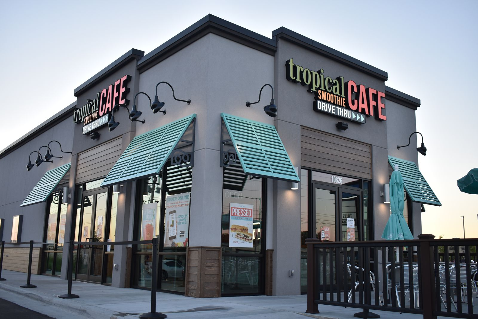 Tropical Smoothie Cafe Recognizes 2020 Top-performing Franchisees