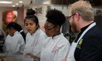 <p>US Foods Expands Scholarship Program thumbnail