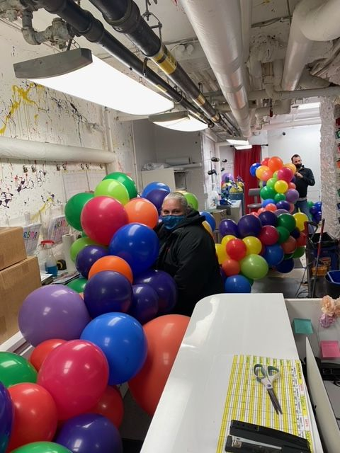 Upper West Side Balloon Store, Celebrates 50% indoor dining with free balloon party for Amsterdam Avenue businesses, March 19, 20 & 21st
