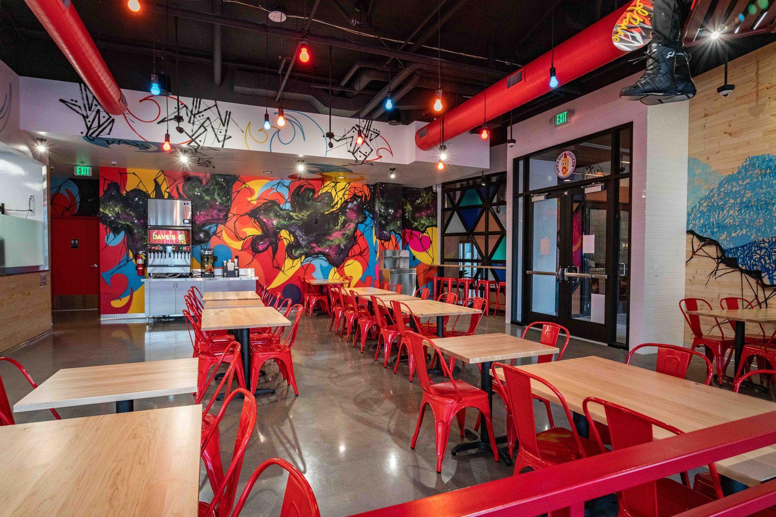 Dave's Hot Chicken Opens First Location in Denver