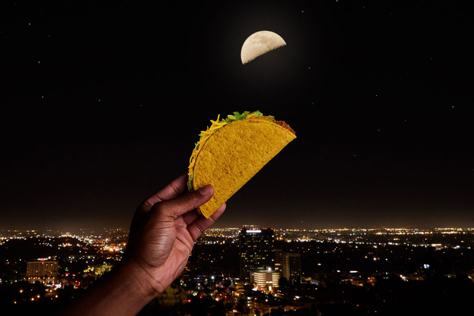 Taco Bell Enlists The Moon To Introduce The Whole World To Tacos