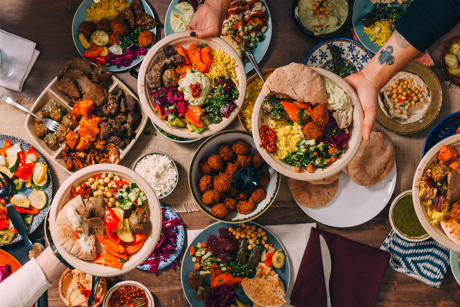 Popular NYC Concept, The Hummus & Pita Co. Touches Down in California With Flagship Los Angeles Location