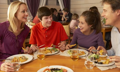 80 Million Americans to Have Restaurant Meals This Mother's Day, According to the National Restaurant Association