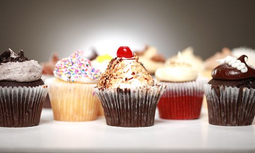 Smallcakes Cupcakery and Creamery Expands Pacific Northwest to Seattle, WA