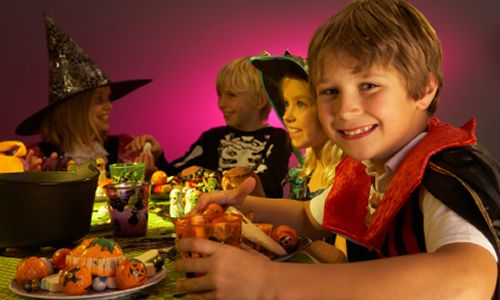 Restaurants Scare Up Spooktacular Halloween Deals