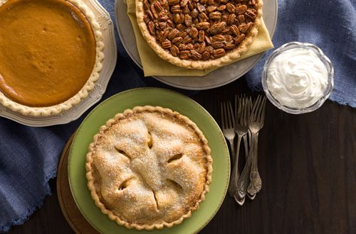 O'Charley's Award-Winning Whole Pies Are Here For The Holidays