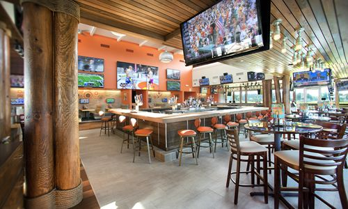 Hooters Unveils New Restaurant in Laredo