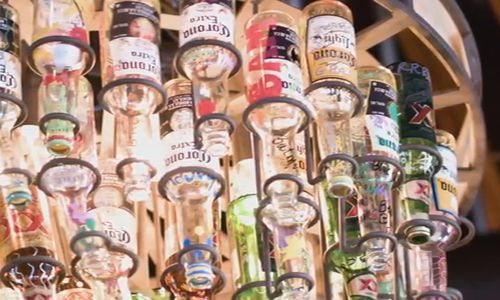 On The Border Schaumburg Sets $100 Beer Bottle Sales Record, Proceeds Benefit Make-A-Wish Illinois
