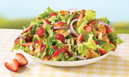 Wendy's Delivers the Freshest Tastes of Summer with New Strawberry Fields Chicken Salad