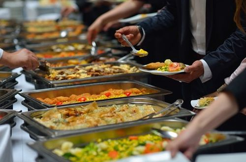5 Tips on How to Successfully Cater a Large Party