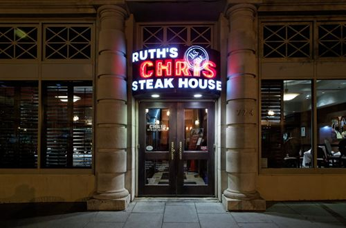 Ruth's Chris Steak House Sets The Table For Your Holiday Meal