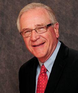 Golden Corral Senior VP Bob McDevitt Speaks at Tampa Franchise Expo