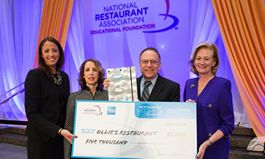 2015 Restaurant Neighbor Award Winner: Ollie's Restaurant