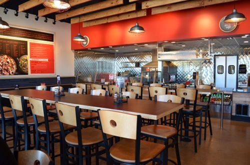 Pie Five Tosses its Pizza in to the Castle Hills Ring
