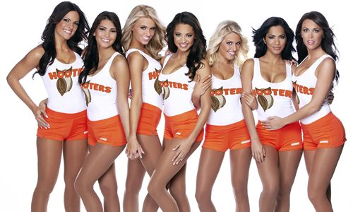 World's Largest Hooters to Open Poolside at Palms Casino Resort