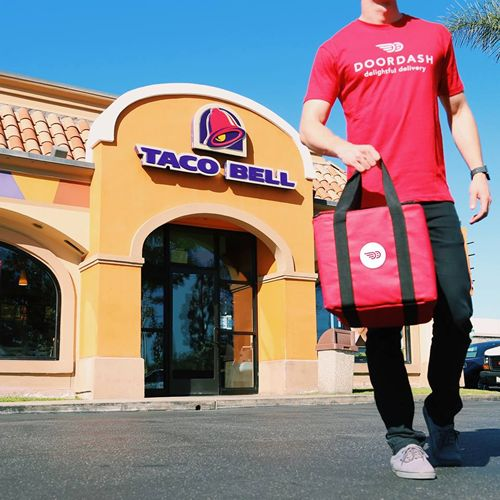 Taco Bell Announces Delivery with DoorDash to Select Markets