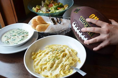 Olive Garden and the NFHS Network Partner to Celebrate Team Moms and High School Athletes