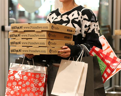PizzaRev Treats Black Friday Shoppers to $5 Pizzas and $20 Bonus Cards