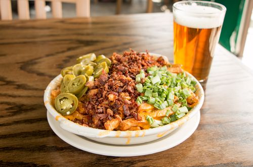 Snuffer's Brings Legendary Burgers, Cheddar Fries to Colleyville