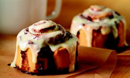 Cinnabon Celebrates Successful Year for Franchise Sales in 2015