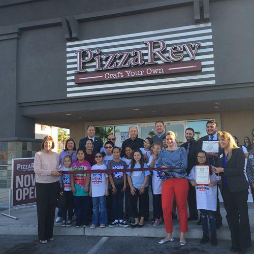 PizzaRev Honored with 2016 Restaurant Neighbor Award
